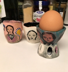 https://alexandralakin.com/files/gimgs/th-56_egg-cup6.jpg